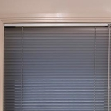 aluminum-venetians-blinds-02