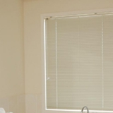 aluminum-venetians-blinds-03