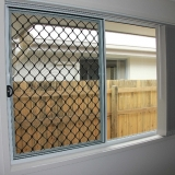 Stan-Bond-Security_Window_Screen-3